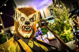 El licántropo más famoso de Mallorca, Hombre Lobo Internacional, actúa en el Maraca Club