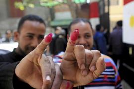 Los egipcios se vuelcan en la primera votación libre en muchas décadas