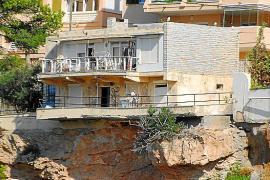 El Ayuntamiento de Calvià precinta un chalet con amenaza de derrumbe en Santa Ponça