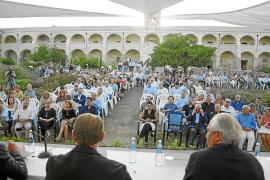 La sociedad menorquina pide paso ligero a la Administración
