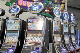 El Govern impide la concentración de salones de juego en una misma calle