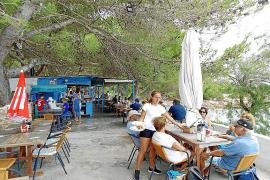 Blue Bar, un mirador con sabor retro en s'Arenalet