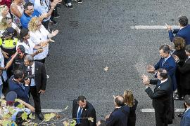El Rey y Rajoy, objeto de pitos y abucheos en la manifestación
