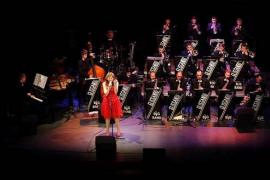 La fusión de Glissando Big Band & Llorenç Barceló suena en el Teatre de Manacor