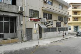 El Govern se ofrece a mediar entre la empresa y los trabajadores de George's