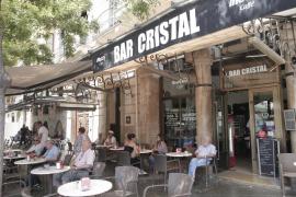 El bar Cristal cerrará sus puertas el próximo martes después de 63 años