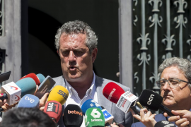 El conseller de Interior catalán mantiene que el aviso sobre un posible atentado en La Rambla no era creíble