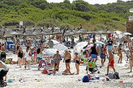 El Govern exige poner las hamacas de es Trenc a seis metros de las dunas