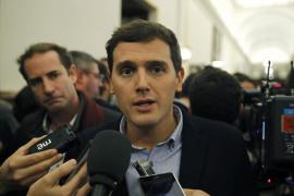 Rivera denuncia que Forcadell ha publicado clandestinamente desde su ordenador la Ley del Referéndum
