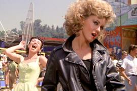 Buscan una actriz para que interprete a Sandy en 'Grease'