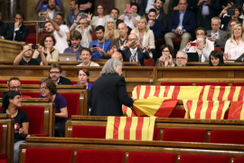 Iglesias cree que la diputada de Podemos que retiró las banderas españolas del Parlament debe pedir perdón
