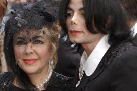 Elizabeth Taylor yacerá en el mismo cementerio que su amigo Michael Jackson