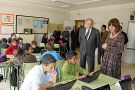 El Govern inicia las obras del colegio de Sineu e inaugura otro centro en Lloret