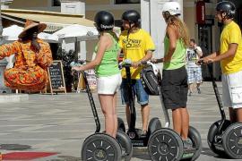 Los patinetes eléctricos y 'segway' solo podrán circular por donde las bicis