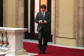 Puigdemont dice que la ley del referéndum «sigue vigente» pese a suspensión del Constitucional