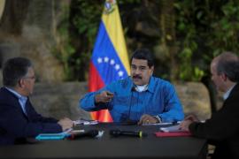 Maduro dispuesto a convertirse en un «dictador» para evitar el colapso económico