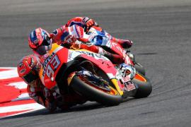 Lorenzo cae en San Marino mientras Márquez suma su cuarta victoria de la temporada