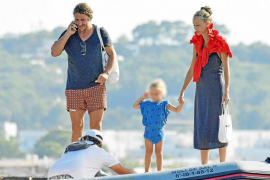 Carles Puyol y Vanesa Lorenzo disfrutan de Formentera