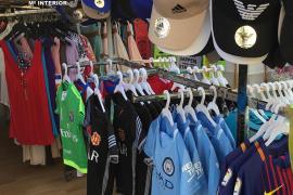 La Guardia Civil interviene más de 3.000 prendas falsificadas en once tiendas de Mallorca
