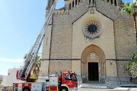 Un rayo daña un campanario de la iglesia de Artà