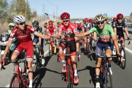 Chris Froome consigue su primera Vuelta a España en la despedida a Contador