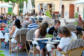 La 'fiebre' del alquiler turístico impulsa la actividad económica de los pueblos del Pla