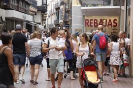 Las rebajas de verano se alargan hasta octubre tras un agosto de malas ventas