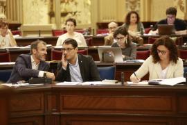 El Parlament rechaza reprobar a Barceló por la crisis de los contratos de MÉS
