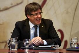 Puigdemont ve una «barbaridad» investigar a alcaldes pero avala que vayan a declarar