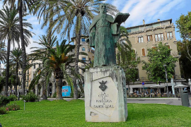 Cort no prevé proteger obras de Miró o Chillida o la estatua del Rei en Jaume