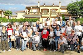 Los vecinos de Marratxí recogen un millar de firmas contra los okupas