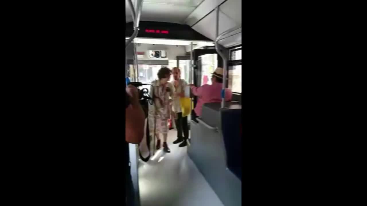 El microteatro se apunta al transporte público