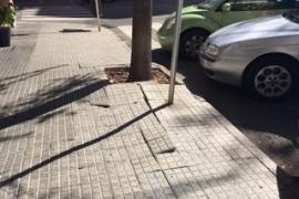 Aceras de la calle Pare Bartomeu Pou
