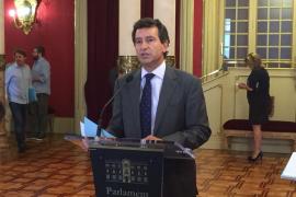 Company pide la dimisión de Abril por calificar de «neofascista» la cumbre del PP a la que asistirá Rajoy