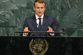 Macron denuncia una «limpieza étnica» en Birmania contra los rohinyás