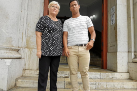 Trasladan a Casablanca a la mujer que murió en marzo tras una liposucción en Palma