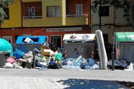 Los vecinos de Pere Garau quieren atajar el grave problema de la suciedad