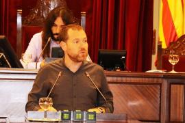 La Mesa del Parlament reprueba las declaraciones de Abril sobre la cumbre del PP