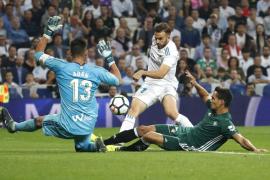 El Betis fulmina la racha de un Real Madrid sin pegada en el Bernabéu