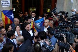 Junqueras reconoce que la operación de la Guardia Civil altera el referéndum