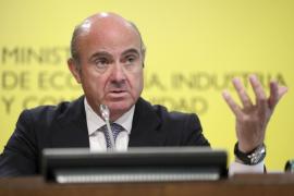 De Guindos ofrece una mayor financiación a Cataluña si desiste de la independencia
