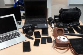 Detenidos en Palma los dos presuntos autores de 14 robos con fuerza en vehículos