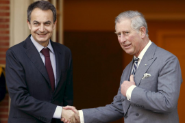 Don Felipe anima ante el Príncipe Carlos a avanzar en la solución a Gibraltar