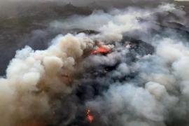 El Cabildo de Gran Canaria da por controlado el fuego en la cumbre