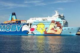 Las redes se mofan del 'barco de Piolín' que acoge a los policías desplazados a Cataluña