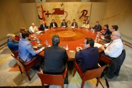 El Govern cesa al número dos de Junqueras para librarlo de la multa del Constitucional