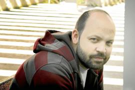 Miguel Noguera publica sus ideas ácidas y cotidianas en 'Ultraviolencia'