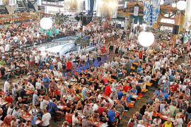 La Oktoberfest arranca en Megapark con gran éxito de convocatoria