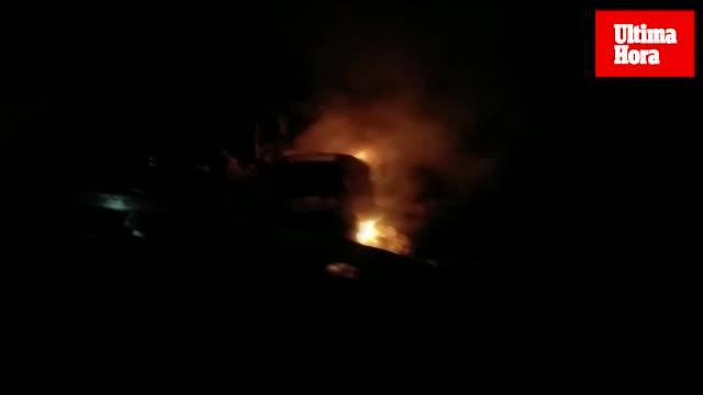 Un coche se incendia en la Serra de Tramuntanta tras sufrir un accidente