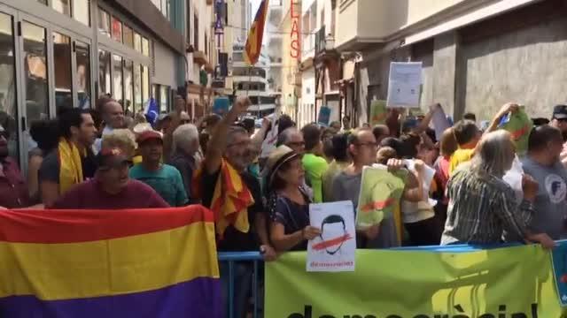 Concentración en Palma contra la actuación de Rajoy respecto al referéndum en Cataluña